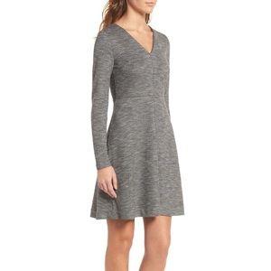 Madewell Bridgewalk V-Neck Fit & Flare Dress 8